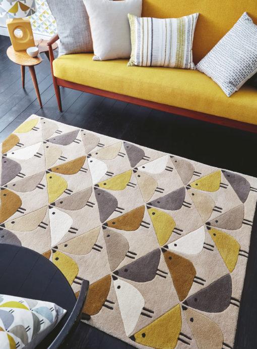 Lastenhuoneen matto keltainen akustiikka Harlequin Sisustustudio Vitriini