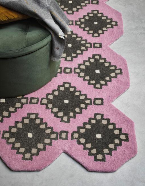 Ted Baker villamatto matto Iviv yksityiskohta Sisustusstudio Vitriini
