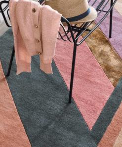 villamatto matto Ted Baker TedBaker Jardin raita pink Sisustusstudio Vitriini